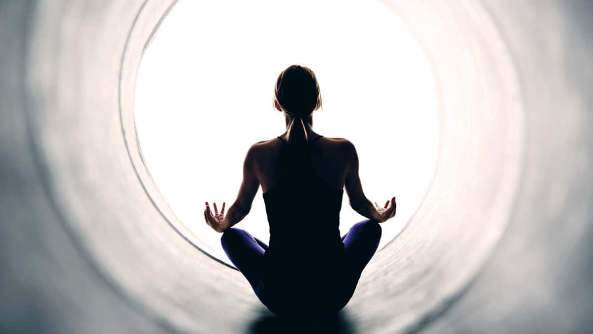 You are currently viewing Shamatha meditation in the Salt Cave with Beth Herzig